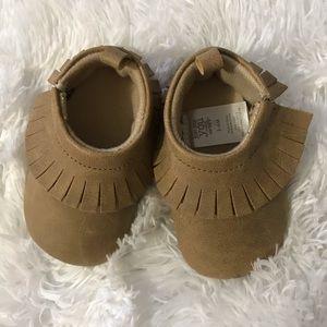 Infant girl moccasins